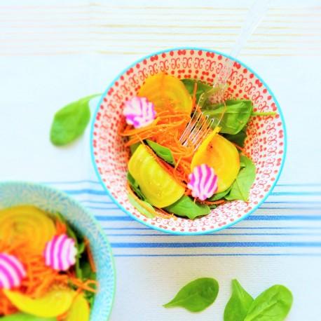 Salade colorée sauce sésame